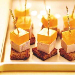 Canapés de foie gras à la mangue caramélisée