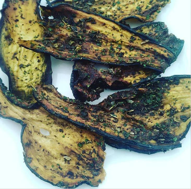 chips aubergine rawfood alimentation vivante cru deshydrateur apéro légume