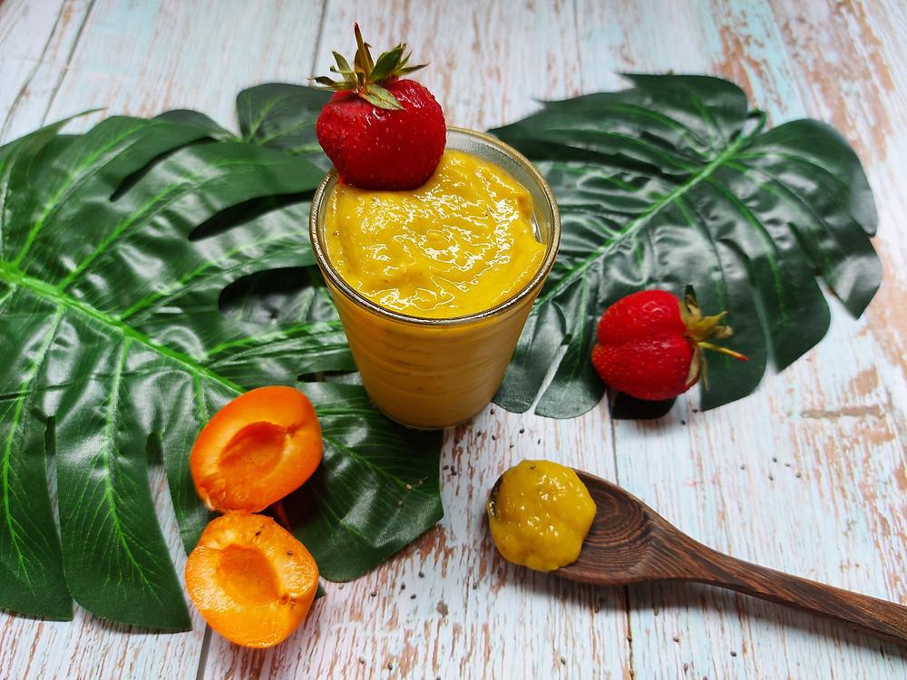 crème de fruits à l'avocat rawfood vegan