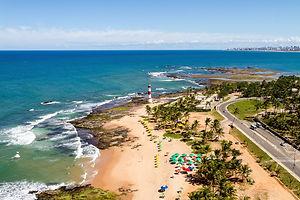 Praias de Salvador - Farol de Itapuã