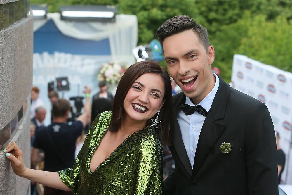 Ведущие Андрей Черновол и Оля Цибульская - Большая Свадьба Русское Радио Украина М1