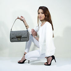 handbags-2251088.jpg