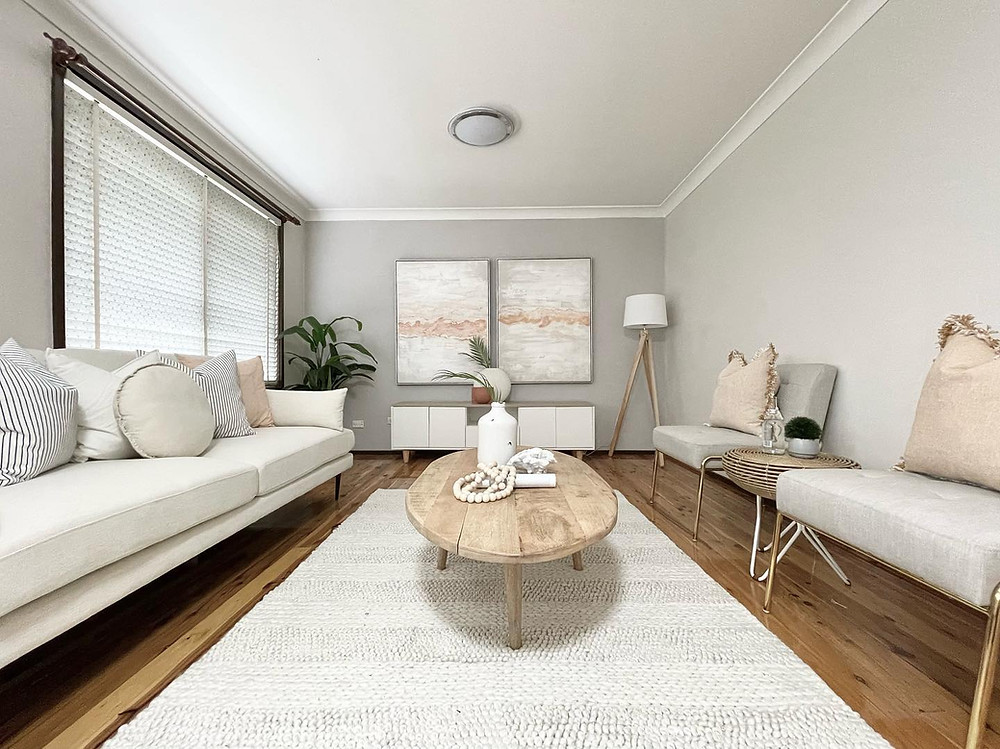 Home staging for a wonderful home in Sydney. Boost your interiors and request a quote to style your home for sale.