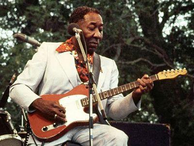 Muddy Waters es inseparable de su guitarra