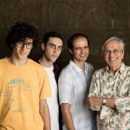 La gira de Caetano, Tom, Zeca y Moreno Veloso