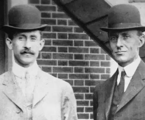 Conoce a los hermanos Wright y lo que consiguieron