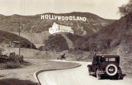 """El cartel inicial leía Hollywoodland, hasta que pocos años después le eliminaron *-land"""" y quedó solo Hollywood"""