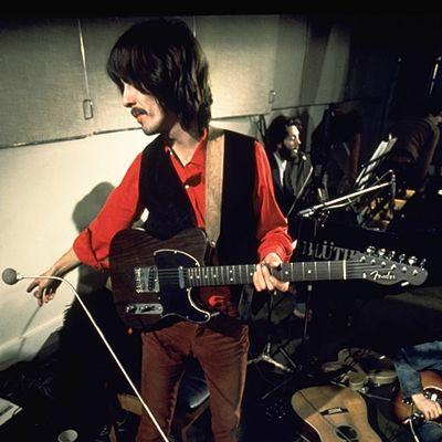 Harrison es inseparable de su guitarra