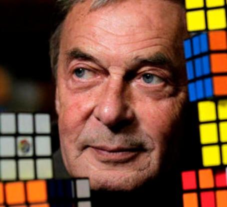 ¿Quién no ha intentado resolver el cubo de Rubik y ha terminado desistiendo?