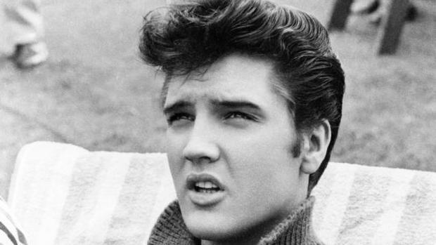 Elvis empezó a tocar la guitarra a los 13 años