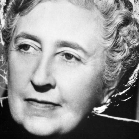La novelista más exitosa de todos los tiempos: Agatha Christie