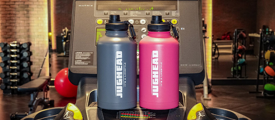 What's so special about the Jughead 64 ounce insulated water bottle?