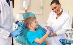 Assistente-de-Medicina-Dentária01_.jpg