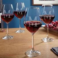 elegant monogrammed wine glasses