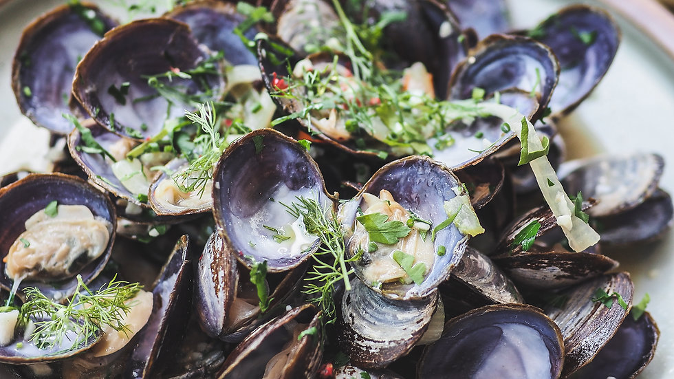 Canadian Savoury Purple Clams with Baguette (1kg)
