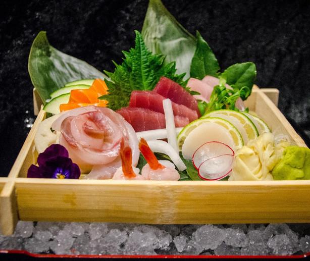 Sashimi Platter - Sushi Revolution