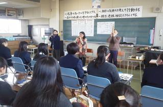 雅楽の出前授業とコンサート