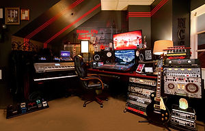 Recording studio, music studio voiceover mixing mastering grammy engineer emmy oscar nominated awarded best top recording studio producers music lessons teachers pro tools source connect pro tools voice overs agents ableton logic waves plug ins radio billboard rap hip hop songwriters narration audiobooks audiobook microphones professional  patch sonic artists artist edm rock soul r&b music