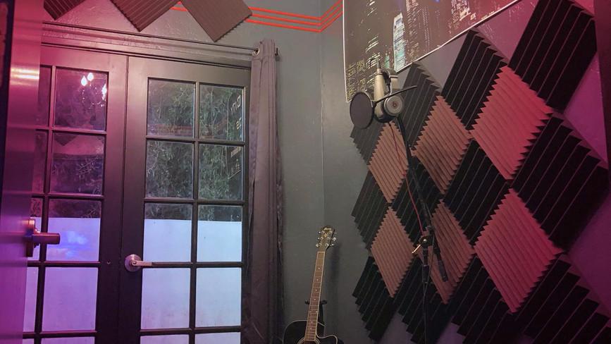 Hidden City Studios - Studio Brooklyn - Isolation Booth
