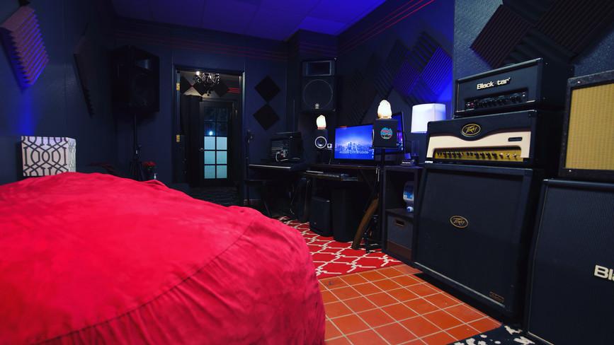 Hidden City Studios - Studio Brooklyn Desk