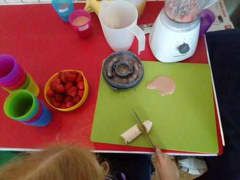 Making fruit smoothies