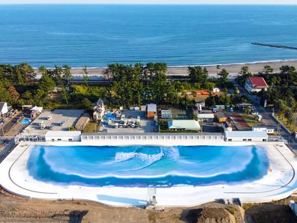 工事の進捗「日本初のサーフィンスタジアム間もなく全貌現れる」