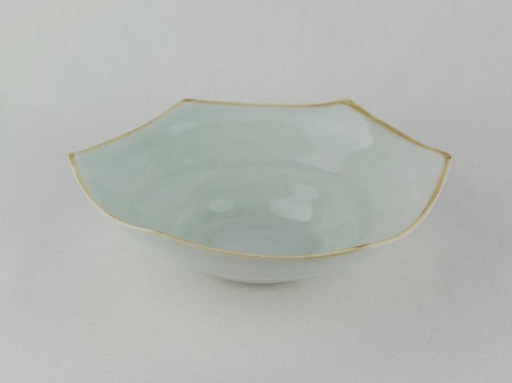 青磁六角鉢・白 Ceramic Hexagon Bowl / White