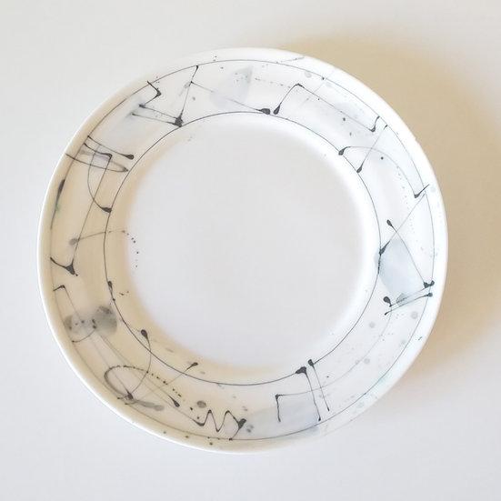24 白磁紋プレート(中)