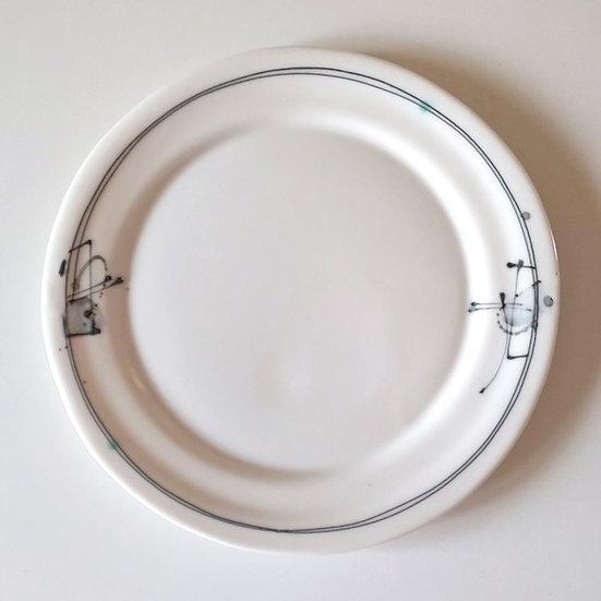 25 白磁紋プレート(中)