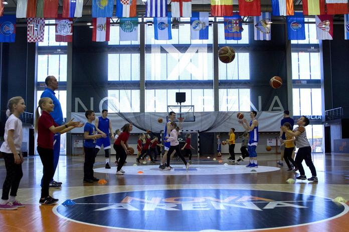 Мастер-класс по баскетболу с ФК Зенит