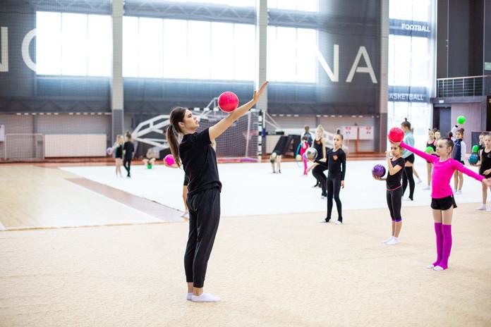 Мастер-класс по художественной гимнастике с чемпионкой мира