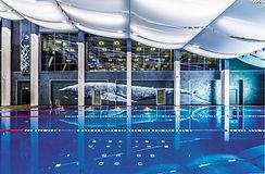 Фитнес-клуб с бассейном