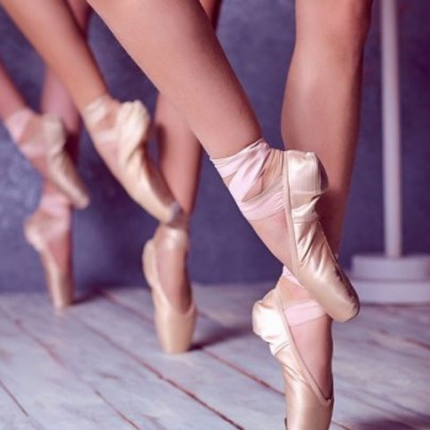 Wednesday 5:00 - Pointe with Adrianne