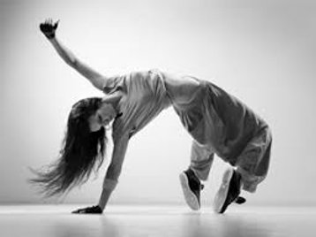 Thursday 7:00 - Advanced/Teen Hip Hop (Justin)