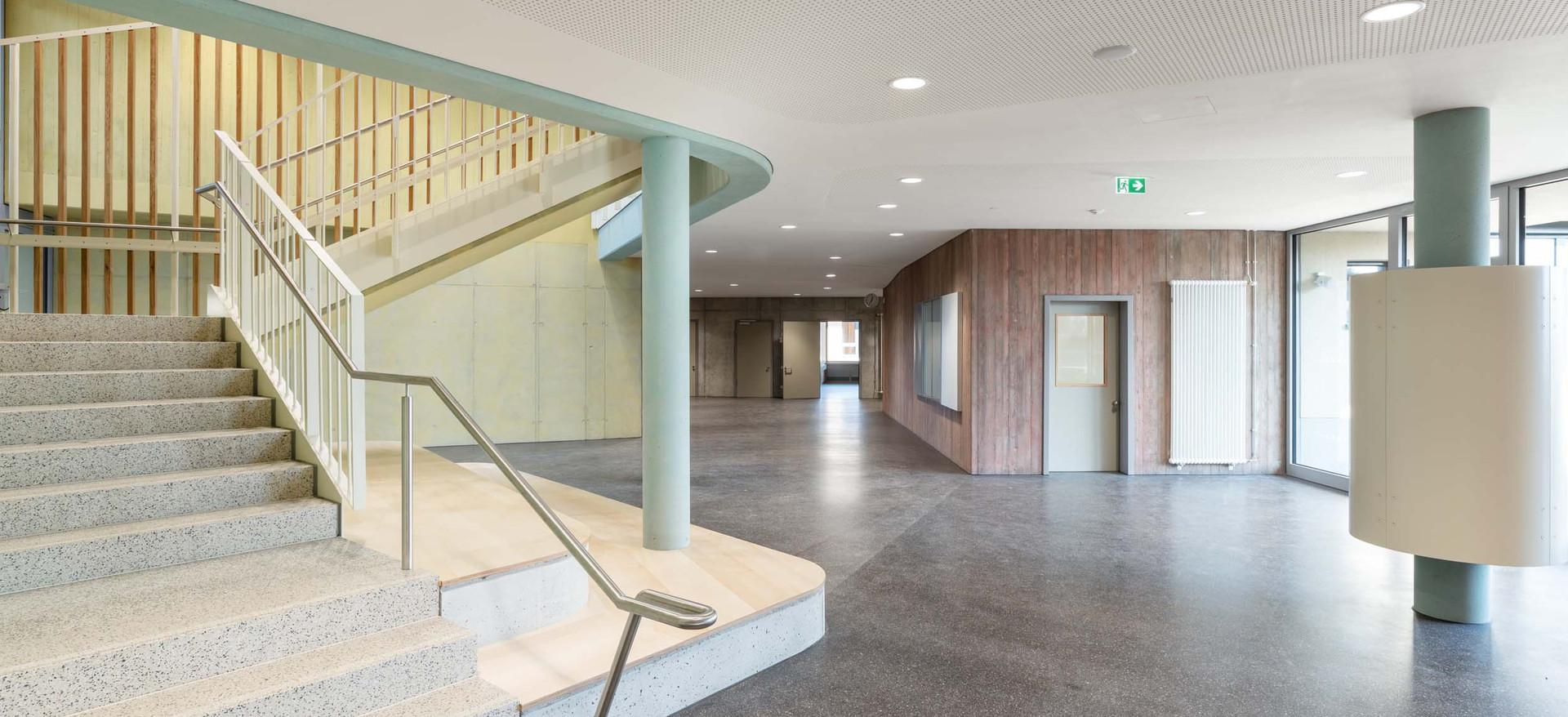 Hans Thoma Schule Treppenhaus