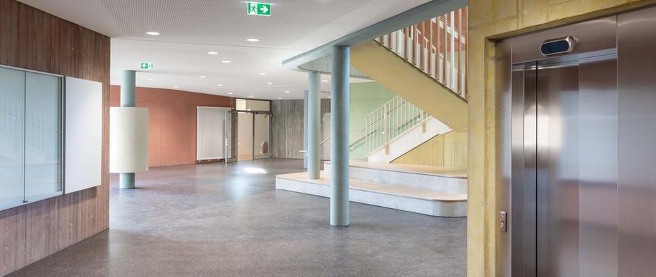 Hans Thoma Schule Aufzug