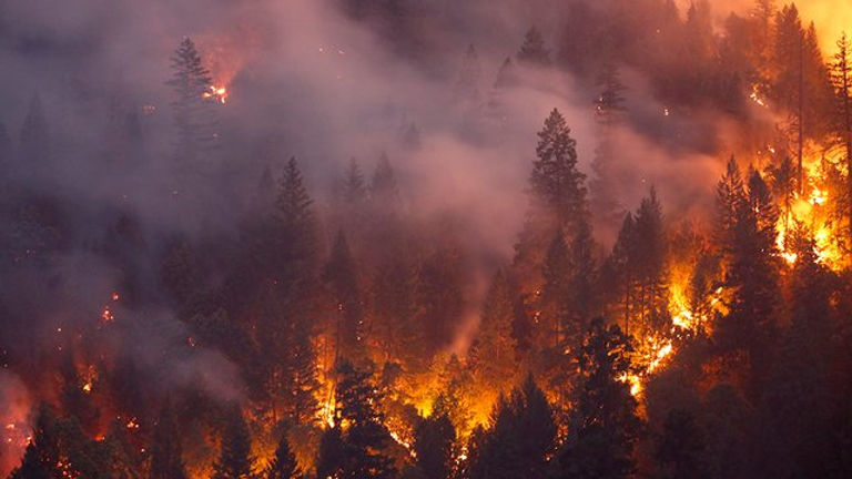 californiawildfires_080218getty.jpg