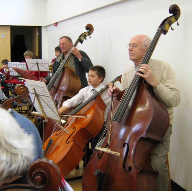 SARO double bass players with a guest