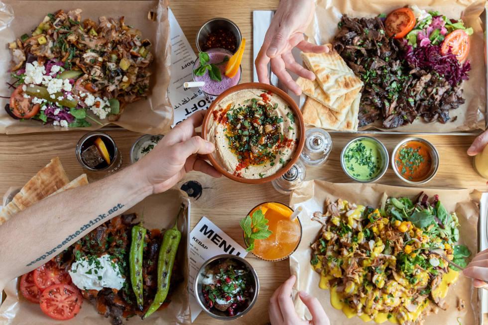 Sharing plates Döner Kebab Mezze and Icetea