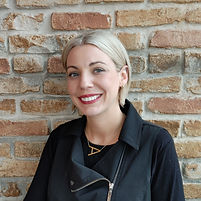 Amanda Lippi, men's hair specialist, at Men's Den, Inc.