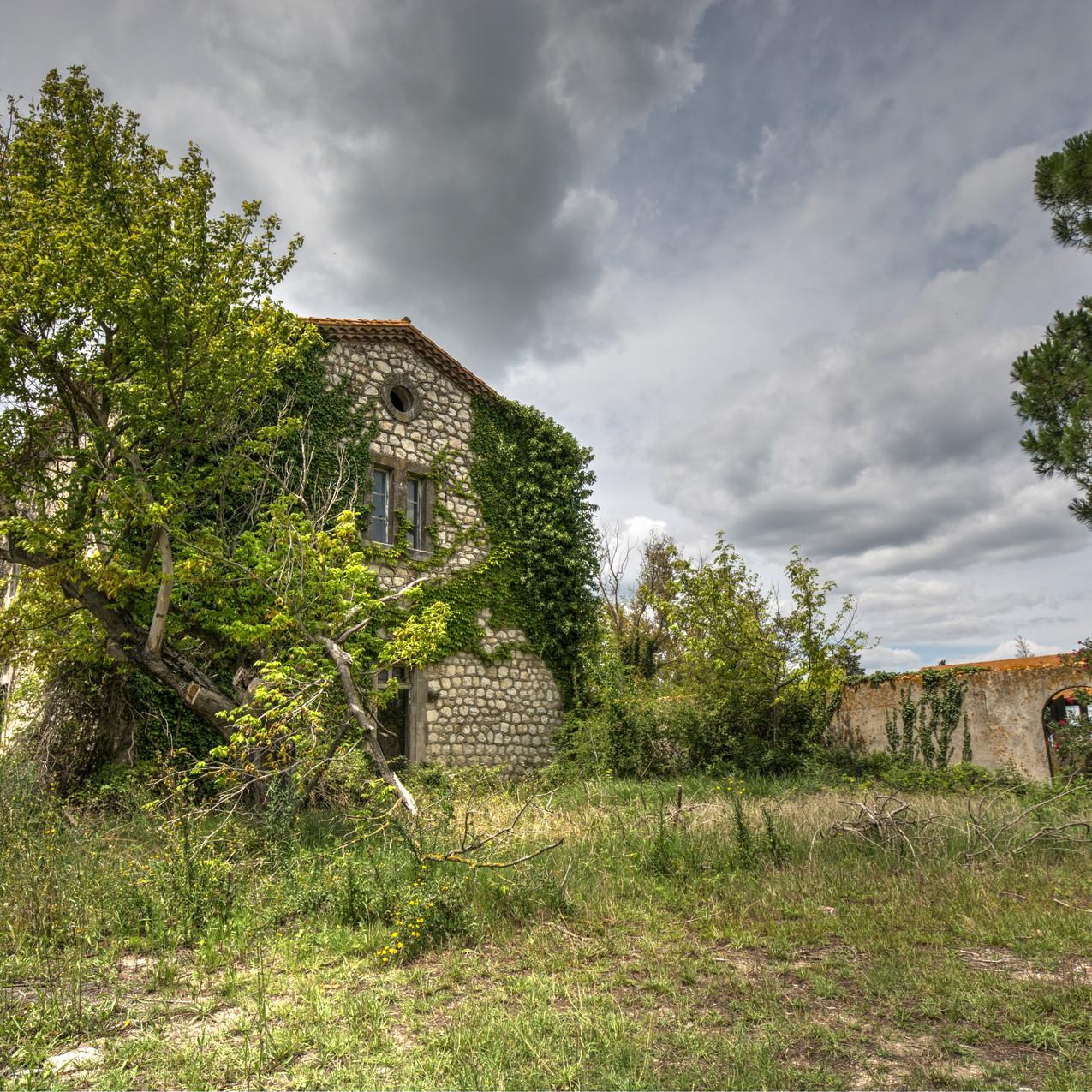 Urbex - Maison Rinnovazione (Vegetal House)