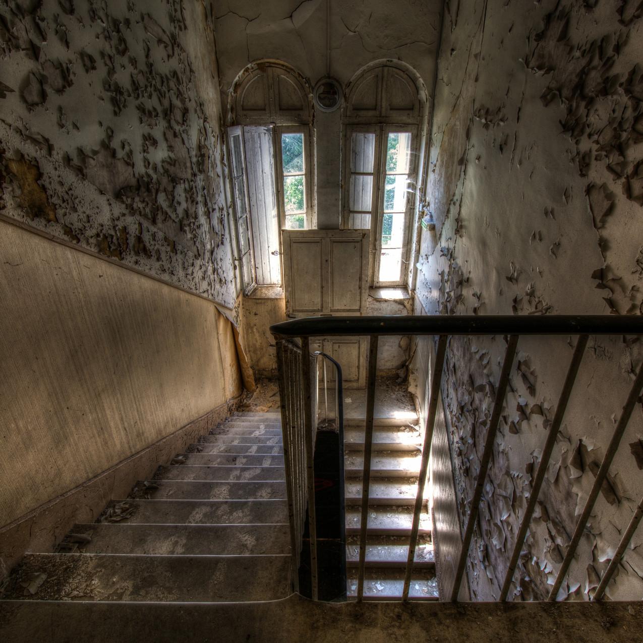 Urbex - Sanatorium aux tisanes - Ne laisser que des traces de pas