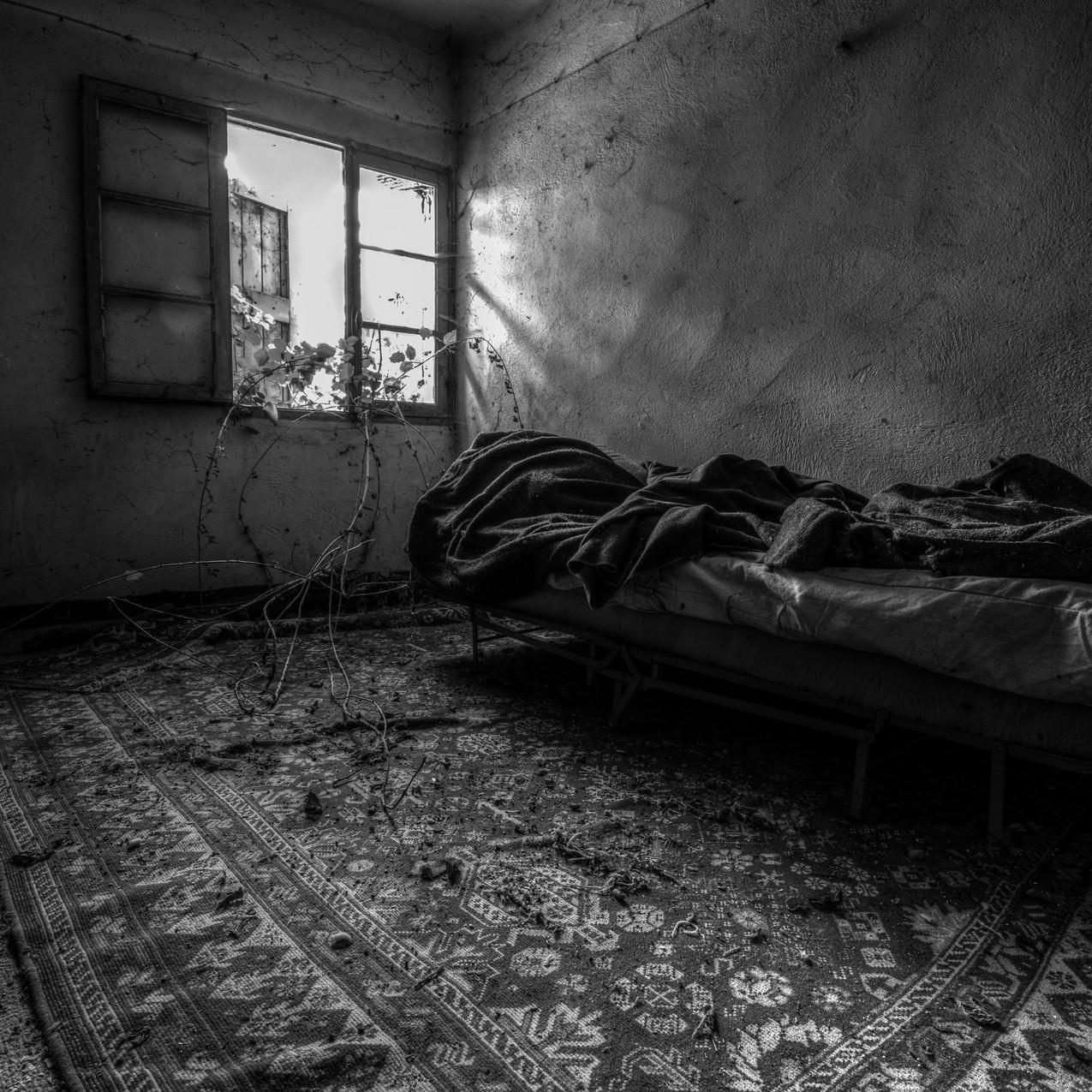 Urbex - Maison de l'angoisse (Le cauchemar commence)