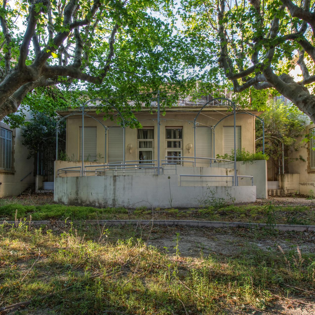 Urbex - Maison de retraite pour peluches (Les arbres gardiens)