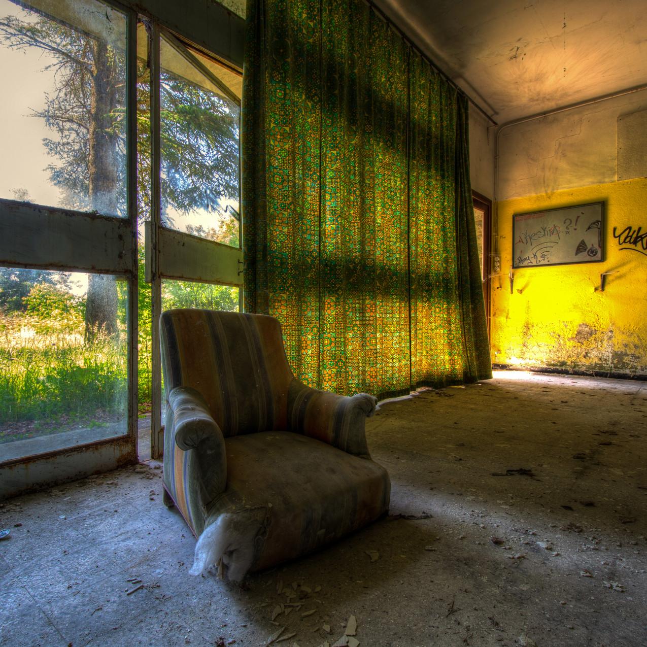 Urbex - Sanatorium aux tisanes (Paresse _ habitude prise de se reposer avant la fatigue