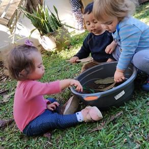 Brincar de Fazer Comidinhas - Um Ritual Sagrado da Infância
