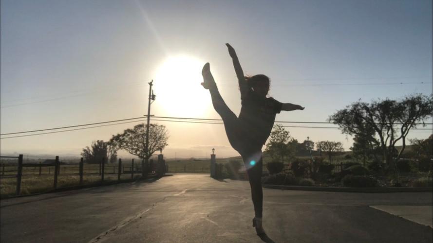 Dancing -1.jpg