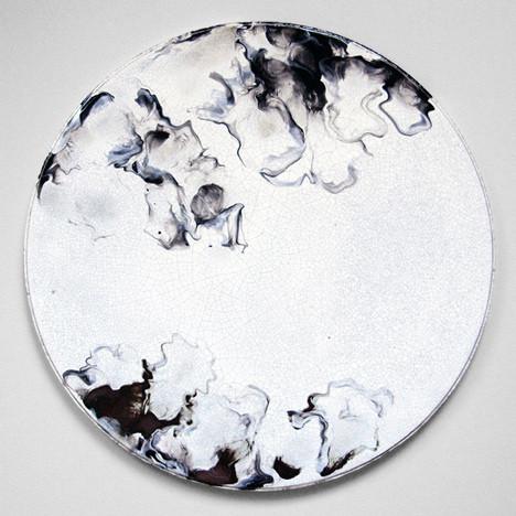 Ceramic-tables-by-Elisa-Strozyk_dezeen_7.jpg