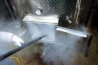 wine-industrial-steam-cleaning-04-c95eaf