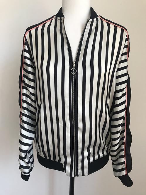 Jaqueta listras preto e branco